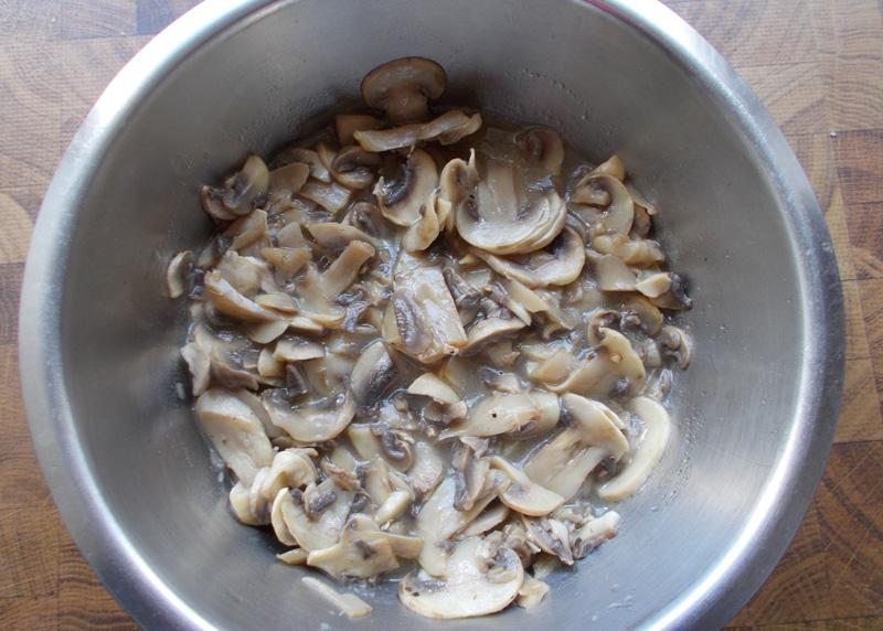 tipp champignons verarbeiten und aufbewahren herr peschka kocht. Black Bedroom Furniture Sets. Home Design Ideas