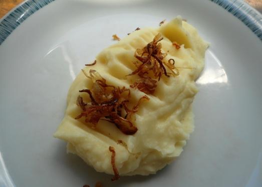 Garantiert selbstgemachtes, flaumiges , wunderbares Kartoffelpüree