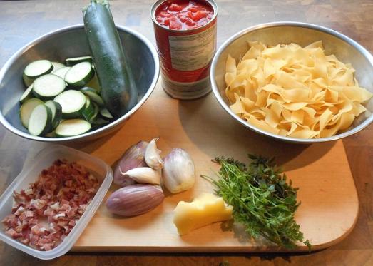 bandnudeln_zucchini_tomaten_1