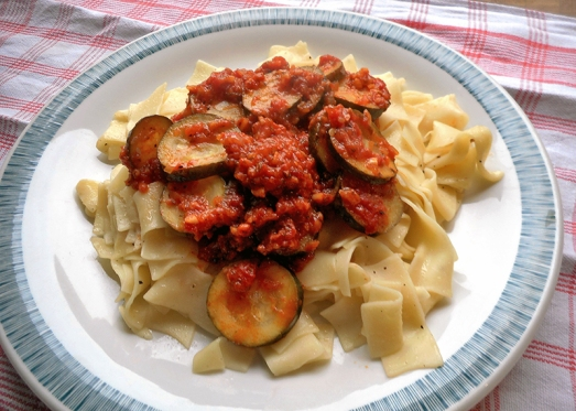 bandnudeln_zucchini_tomaten_7