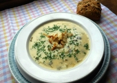 Zucchini-Bärlauch-Suppe (Rezept)